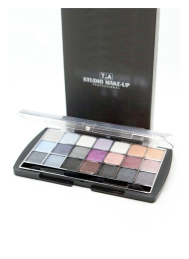 Tca Studio Make Up Smokey Box 1 Renkli
